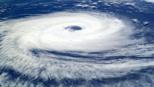 Esta imagen tiene un atributo ALT vacío; su nombre de archivo es tropical-cyclone-catarina-1167137__340.jpg